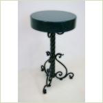 Столик садовый с коваными элементами